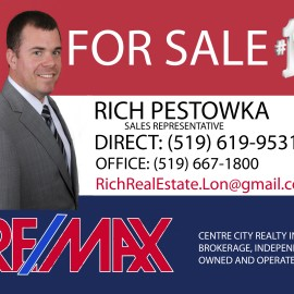 Lawn Sign Remax colours